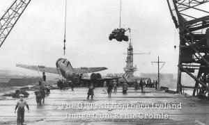A Thunderbolt being off-loaded at Sydenham